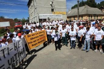 Protest-la-Rosia-Montana-fata-de-Fan-Fest