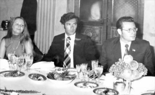 Petru Lucinschi la masa cu Nicu Ceausescu